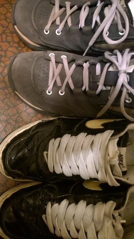 dump-sneakers